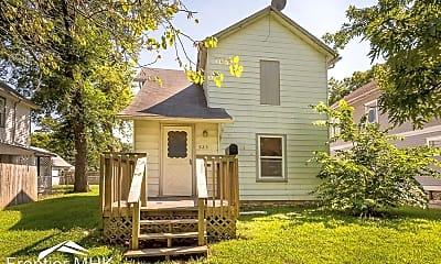 Building, 925 Osage St, 0