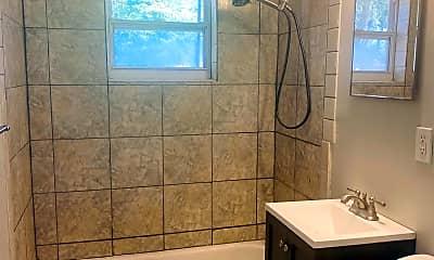 Bathroom, 815 S Beach St, 2