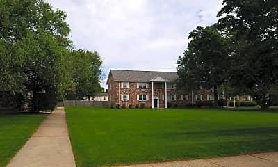 Maurette Manor Apartments, 0