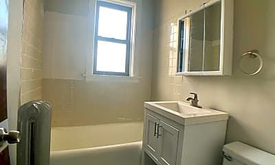 Bathroom, 233 N Mason Ave, 2