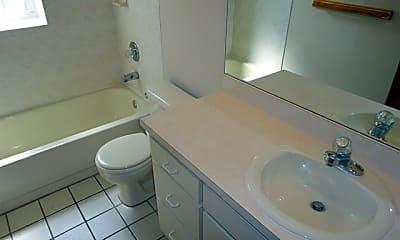 Bathroom, 434 Summit Chase Drive, 2