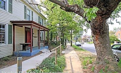 Building, 712 Monticello Ave, 1