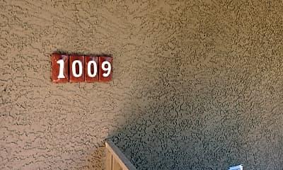 11500 E Cochise Dr 1009, 1