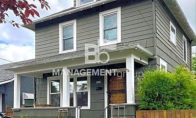Building, 5834 N Wilbur Ave, 0