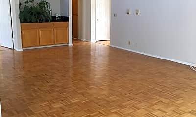 Living Room, 10641 Kinnard Ave 8, 2