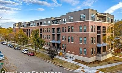 Building, 144 S Fair Oaks Ave, 2