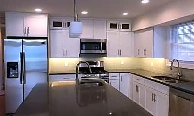 Kitchen, 621 E Olive St 1, 1