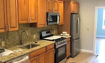 Kitchen, 555 Bloomfield Ave 1, 1