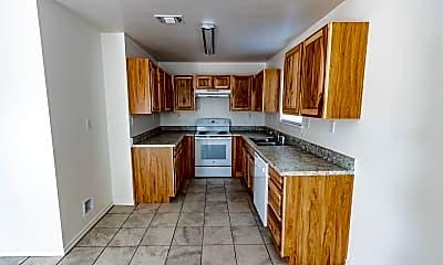 Kitchen, 7041 Minor Rd, 1
