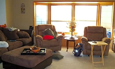 Living Room, 1141 29th St W, 1