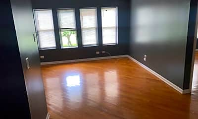 Living Room, 2051 E 67th St, 1