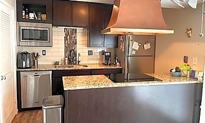 Kitchen, 6373 Barrie Rd, 0