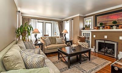 Living Room, 5923 N Fairfield Ave 2, 1