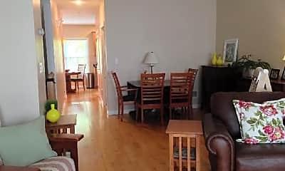 Dining Room, 400 Cross St, 2
