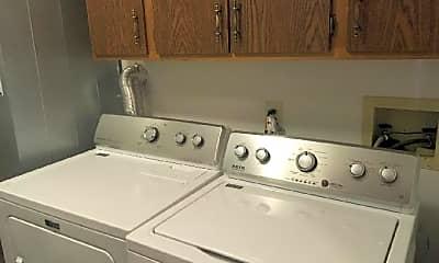 Kitchen, 726 Ascot Ct, 2