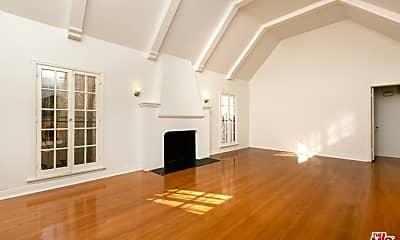 Living Room, 147 N Poinsettia Pl, 0