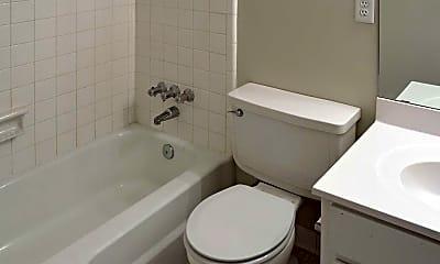 Bathroom, Wesleyan Gardens Apartment Homes, 2