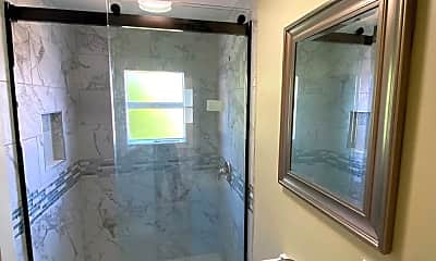 Bathroom, 4849 Mansfield St, 2