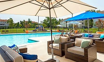 Pool, The Landings I Apartments (Mt Vernon), 2