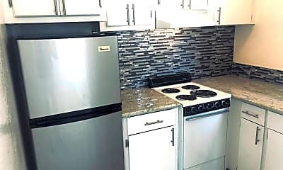 Kitchen, 1440 Lincoln Ave, 2
