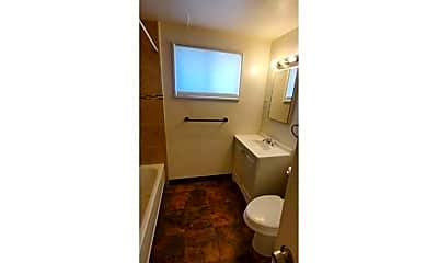 Bathroom, 3519 Columbine St, 2