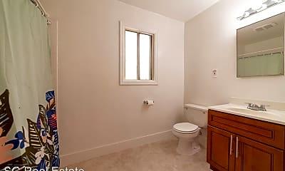 Bathroom, 1049 43rd St, 2