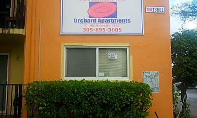 Orchard Apartments, 1