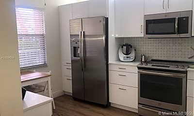 Kitchen, 1101 SW 128th Terrace 211C, 1