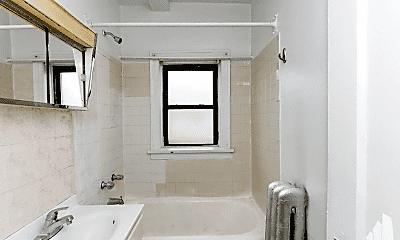 Bathroom, 1606 W Morse Ave, 2