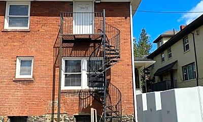 Building, 801 S Monroe St, 1