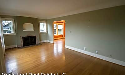 Living Room, 514 NE 80th St, 1