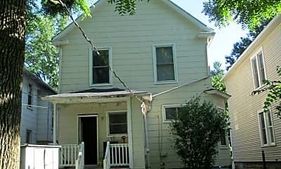 Building, 231 E Patterson Ave, 1