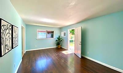 Living Room, 3800 Jefferson St, 1