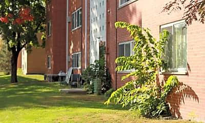 Building, 250 W Fuller Ave, 2