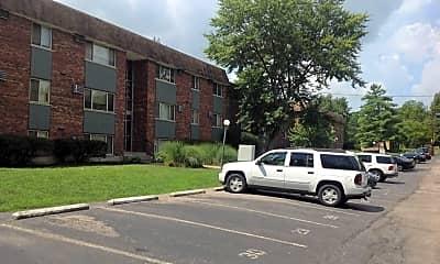 Building, 466 Pedretti Ave, 2