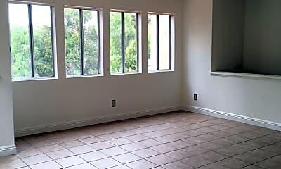 Living Room, 745 Vista Grande Way, 1