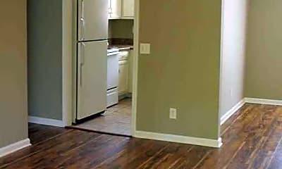 Woodland Apartments, 1
