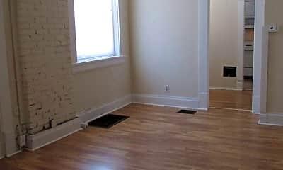 Living Room, 1260 Neil Ave, 2