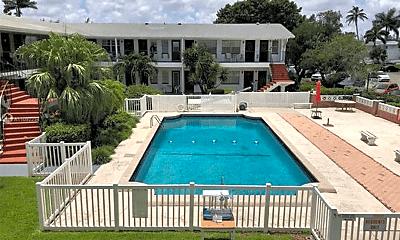 Pool, 1050 Atlantic Shores Blvd, 2