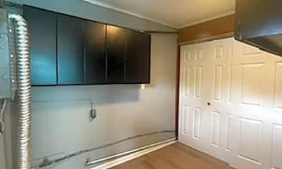 Living Room, 1036 S James Rd, 2
