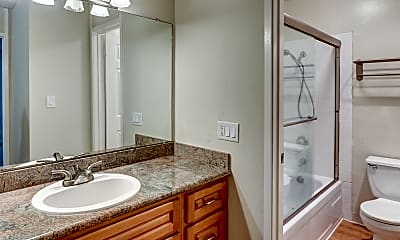 Bathroom, Castlewood, 2