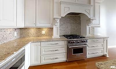 Kitchen, 1205 E River Dr, 1