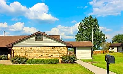Building, 2105 Heritage Dr, 1