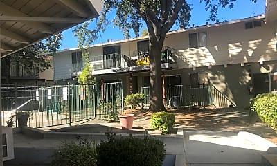 Montgomery Apartments, 0