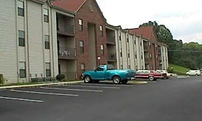 Crossroads West Apartments, 1