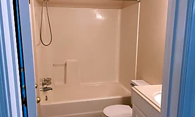 Bathroom, 2103 Refuge Ct, 2