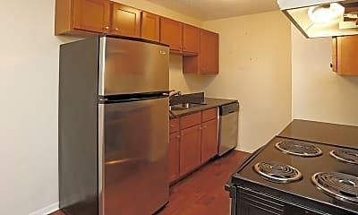 Kitchen, 2100 County Rd E, 1