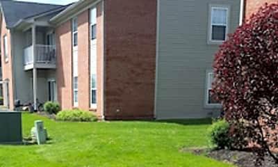 Building, Emerson Place Apartments, 2
