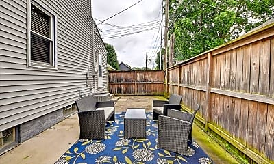 Patio / Deck, 320 N Oriental St, 2