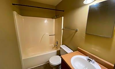 Bathroom, 501 Eric Ave, 2